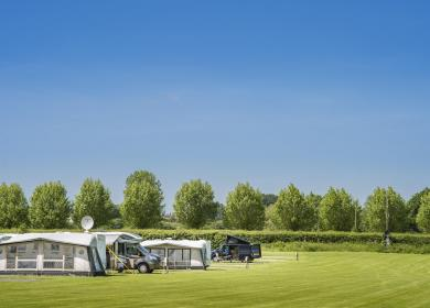 5 star caravan and touring site Heart of England photo