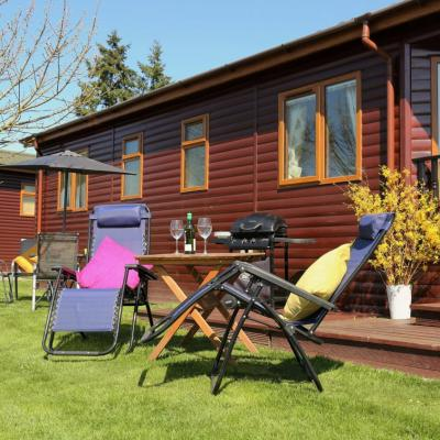 Self catering lodge holidays 5 star